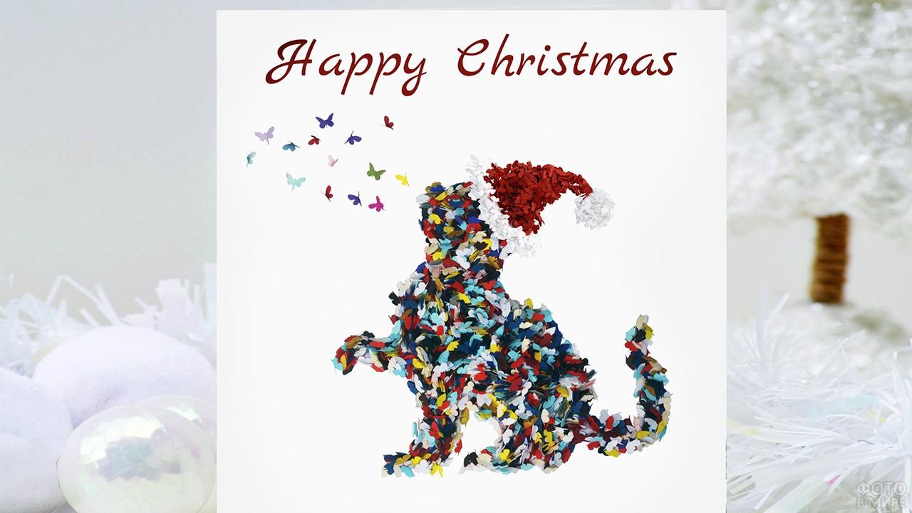 Аппликация из разноцветных бабочек в форме котика на открытке к Рождеству