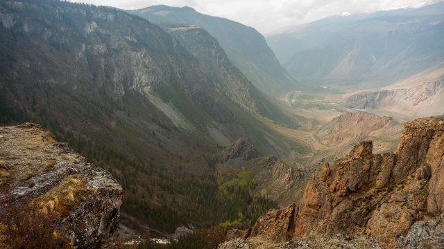 Чулышманский хребет с вершины горы