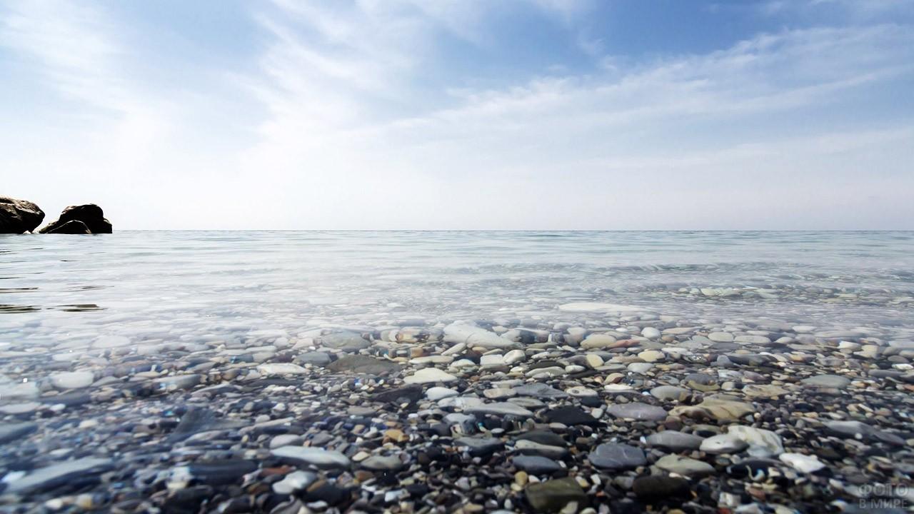 Морской пейзаж в штиль