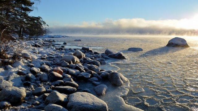 Замёрзшее море финского побережья
