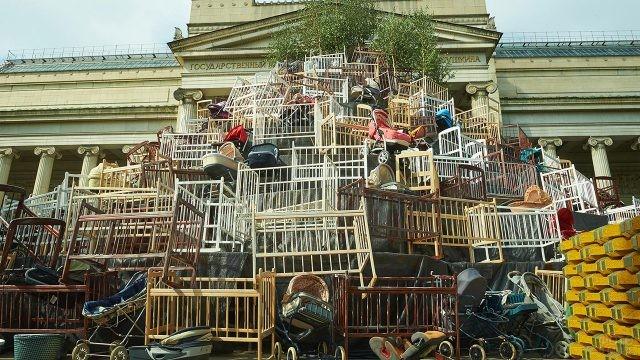 Инсталляция к столетию русской революции