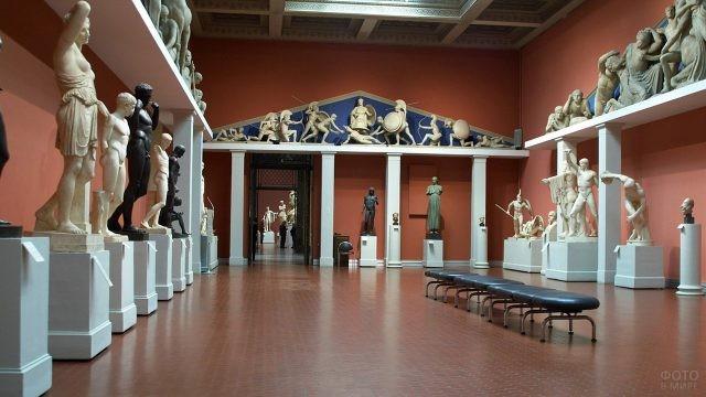 Постоянная экспозиция подлинников Античности
