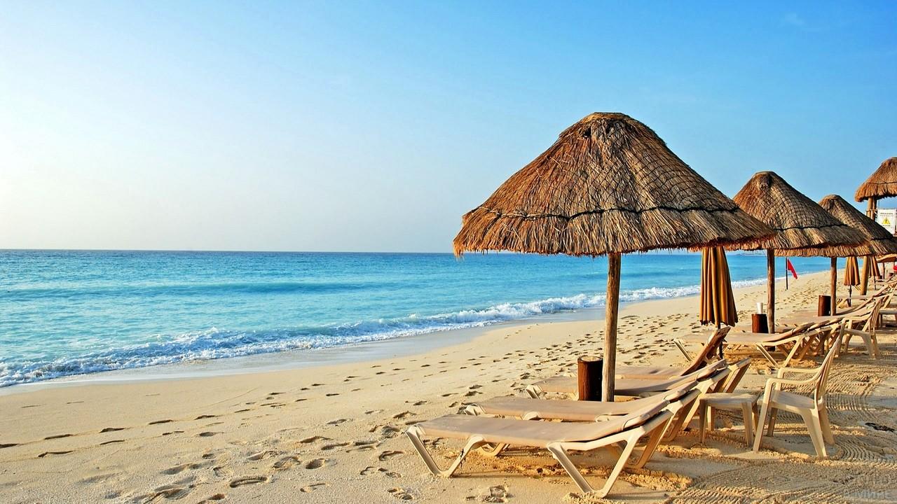 Побережье Средиземного моря в Тунисе