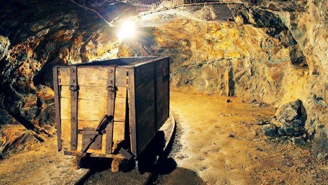 Старинная золоторудная шахта