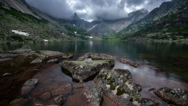 Озеро Горных Духов с берега