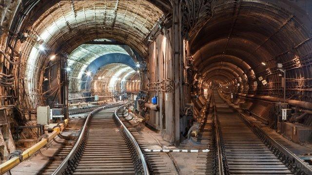 Два тоннеля Московского метро