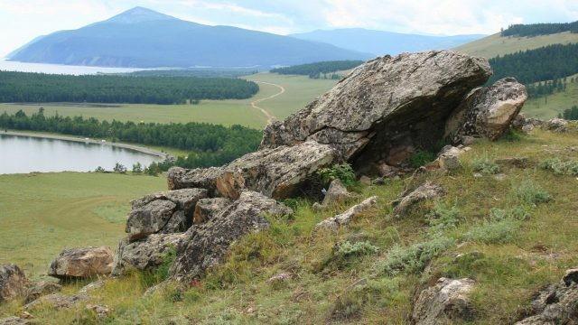 Мыс Лударь на Байкале