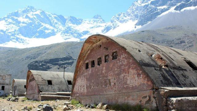 Военная база в горах