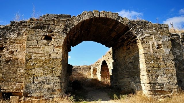 Арка крепости Еникале
