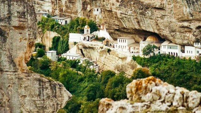 Успенский монастырь в пещере