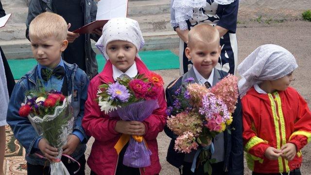 Первоклассники Школы Русской культуры при Валаамском монастыре 1 сентября