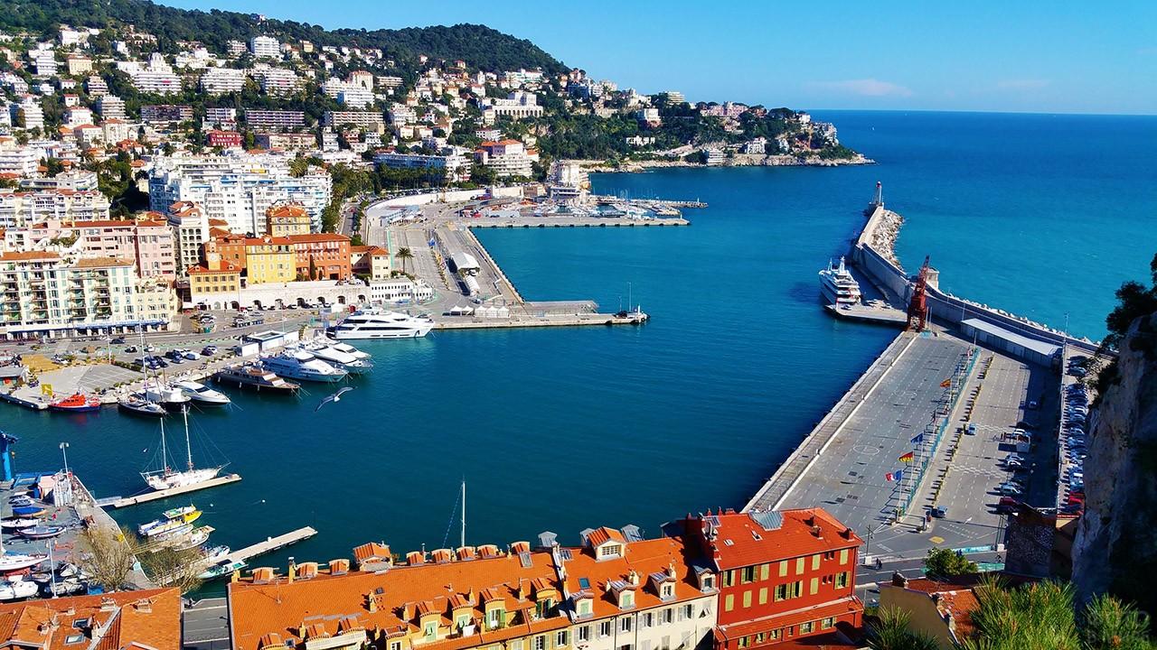 Морской порт в Ницце