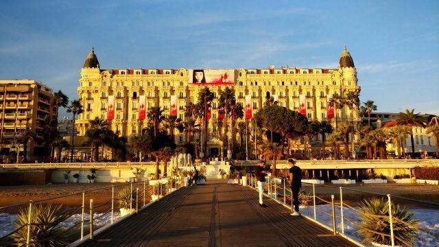 Отель Карлтон в Каннах