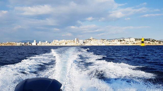 Вид с катера на Марсель
