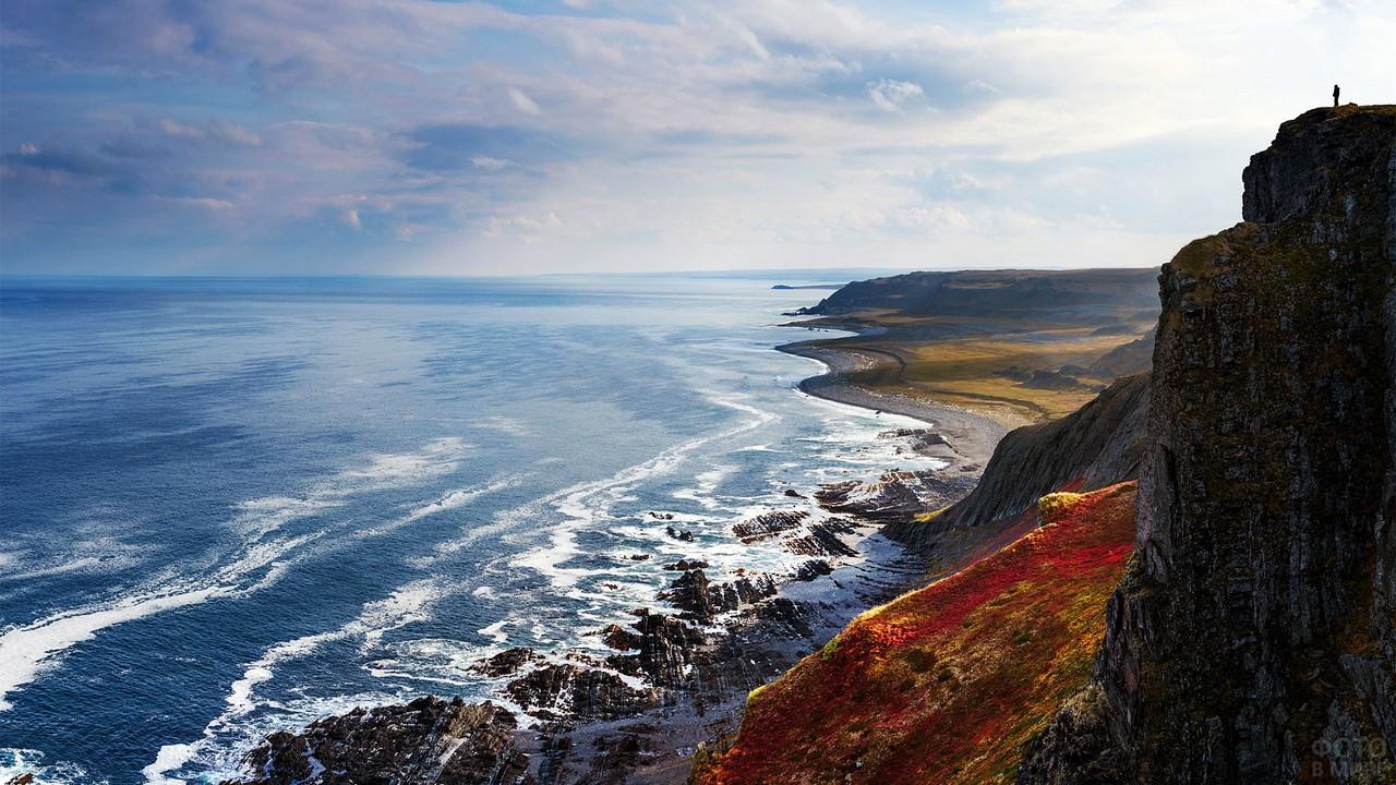Полуостров Кольский в море
