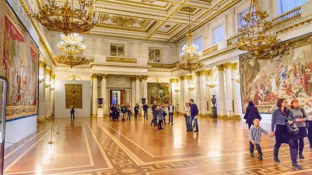 Георгиевский или Тронный зал в Эрмитаже