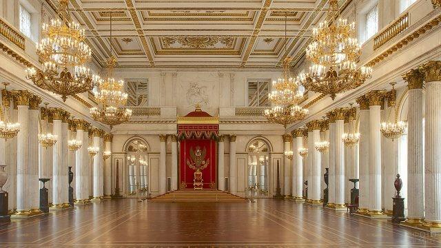 Интерьер Георгиевского или Большого тронного зала