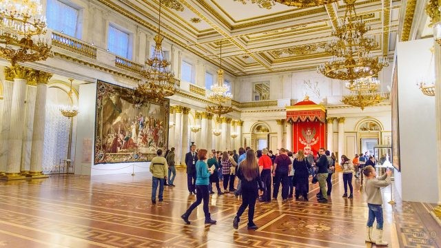 Экскурсия в Георгиевском или Тронном зале Эрмитажа