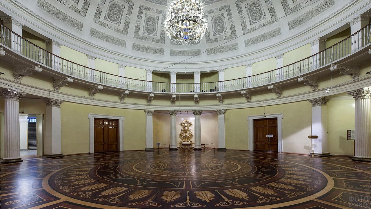 Ротонда - круглый проходной зал