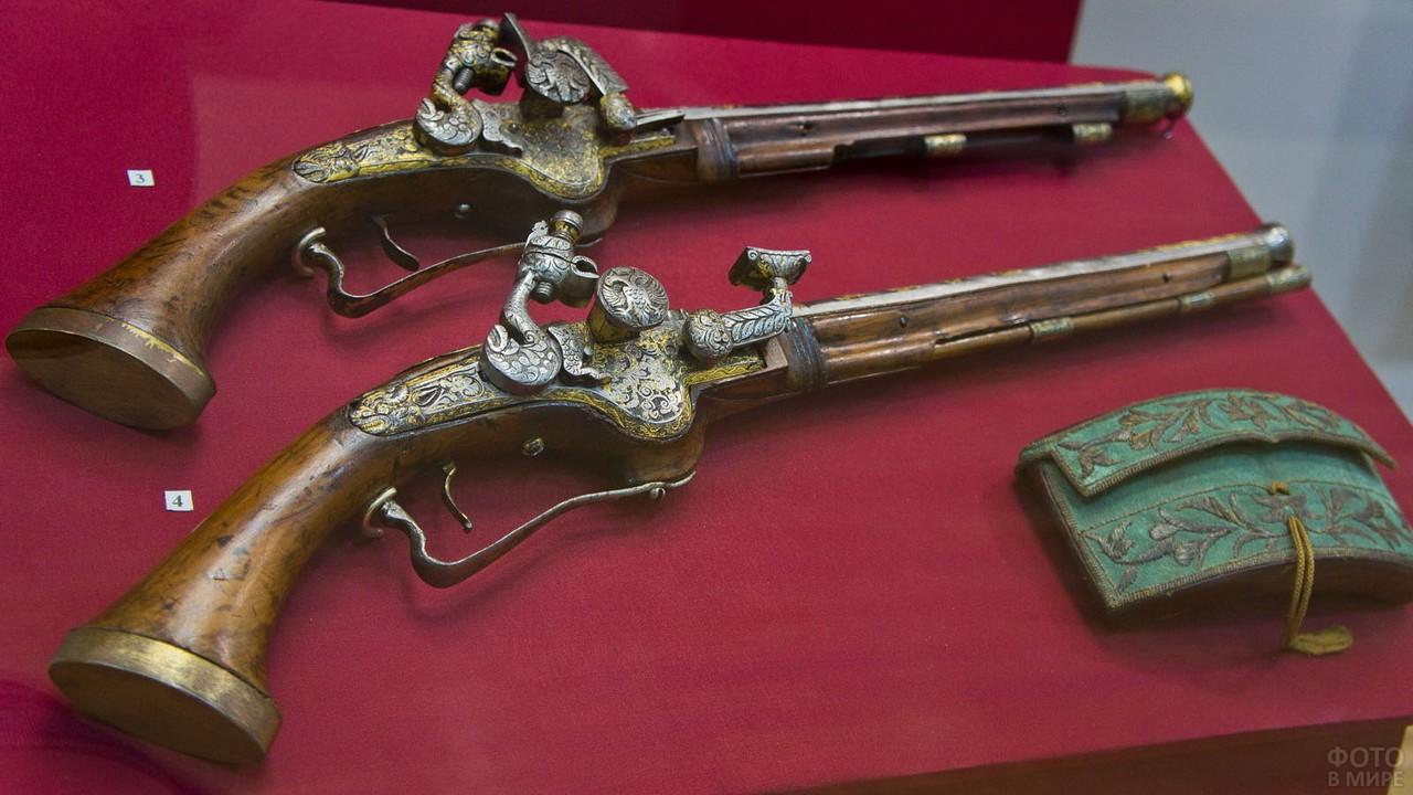 Старинные мушкеты в музее