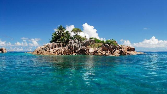 Островок Сейшел в Тихом океане