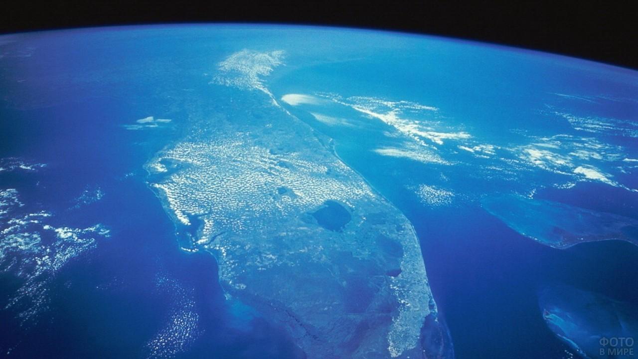 Вид Тихого океана из космоса