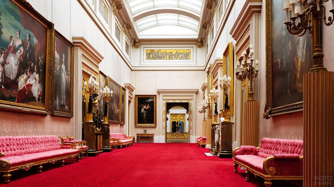 Боковое крыло картинной галереи Георга IV