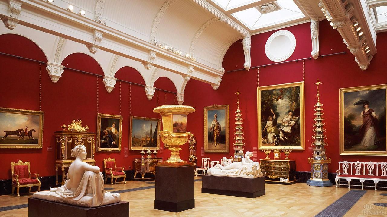 Экспозиция Королевской галереи