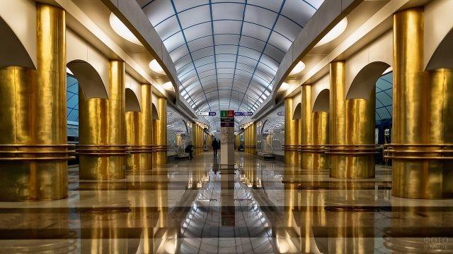 Эффектное оформление станции в метро