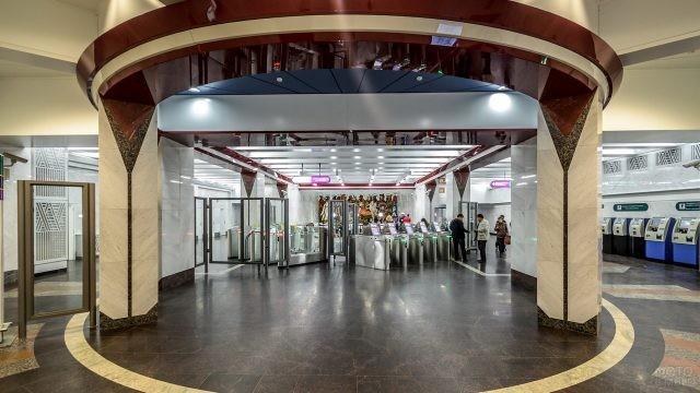 Подземный вход на станцию Спортивная
