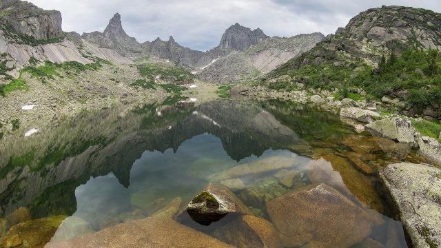 Озеро в Красноярском крае