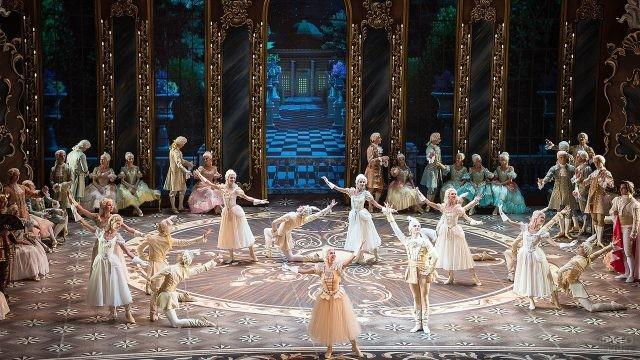 Балет Золушка в театре