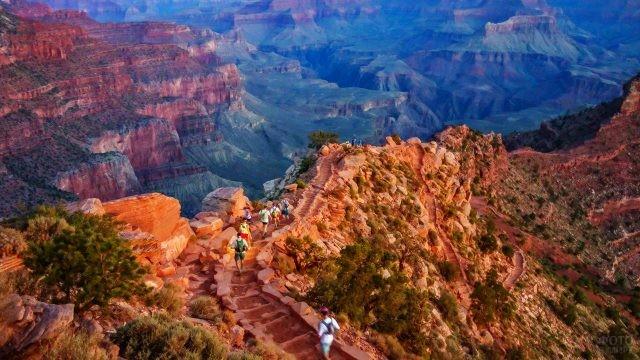Туристическая тропа в Национальном парке