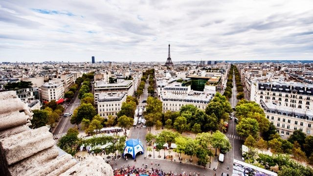 Панорама Парижа с Триумфальной Арки
