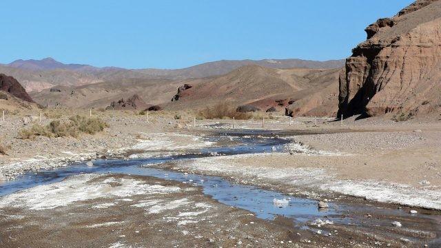 Река Амарагоса на выезде из Лас-Вегаса