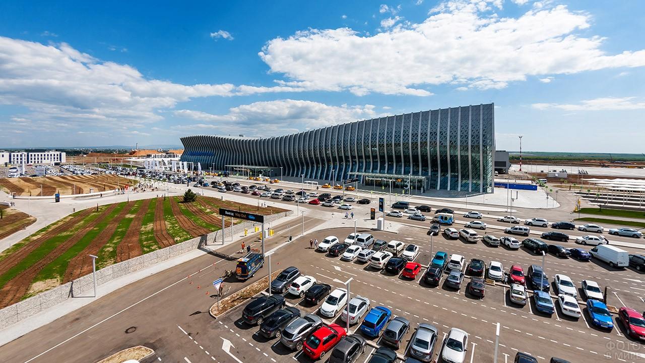 Аэровокзальная площадь с парковкой
