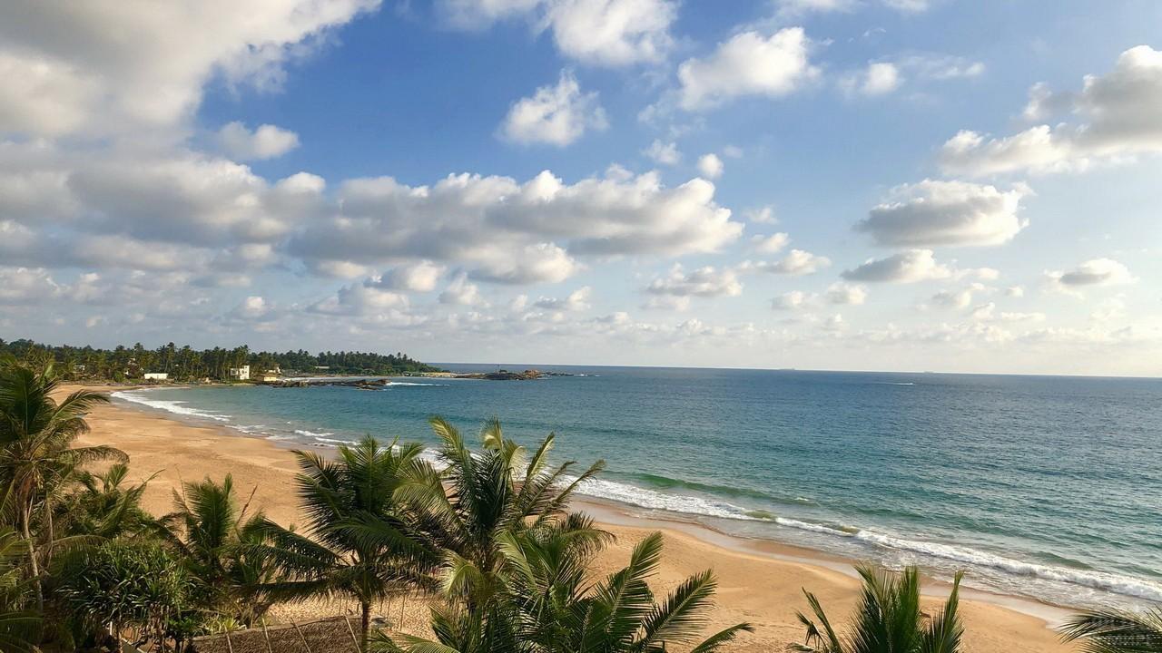 Берег Шри-Ланки в Индийском океане