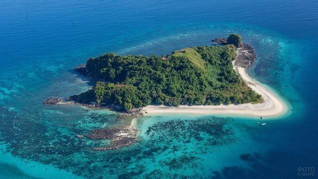 Остров Нуси-Бе у Мадагаскара