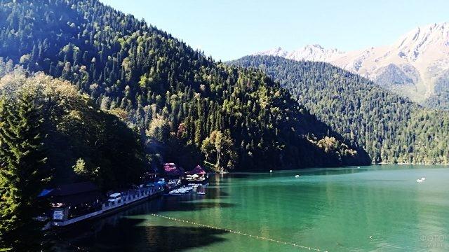 Летний день на горном курорте Абхазии