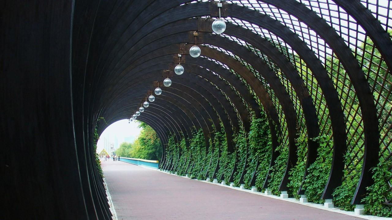 Изящная аркада Арка влюблённых