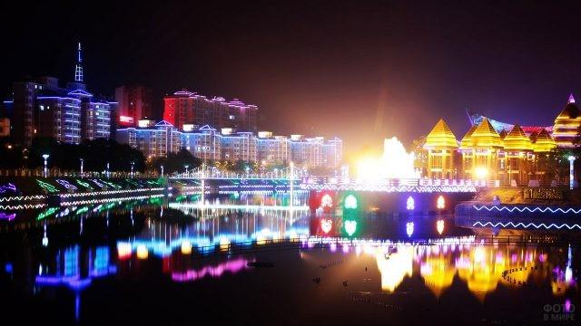 Ночная иллюминация Даньчжоу