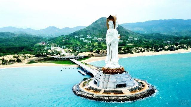 Вид с воздуха на туристическую зону Наньшань