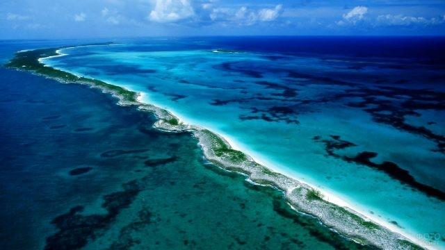 Панорама рифов в Тихом океане