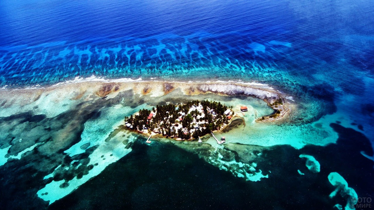 Зелёный остров у Барьерного рифа в Белизе