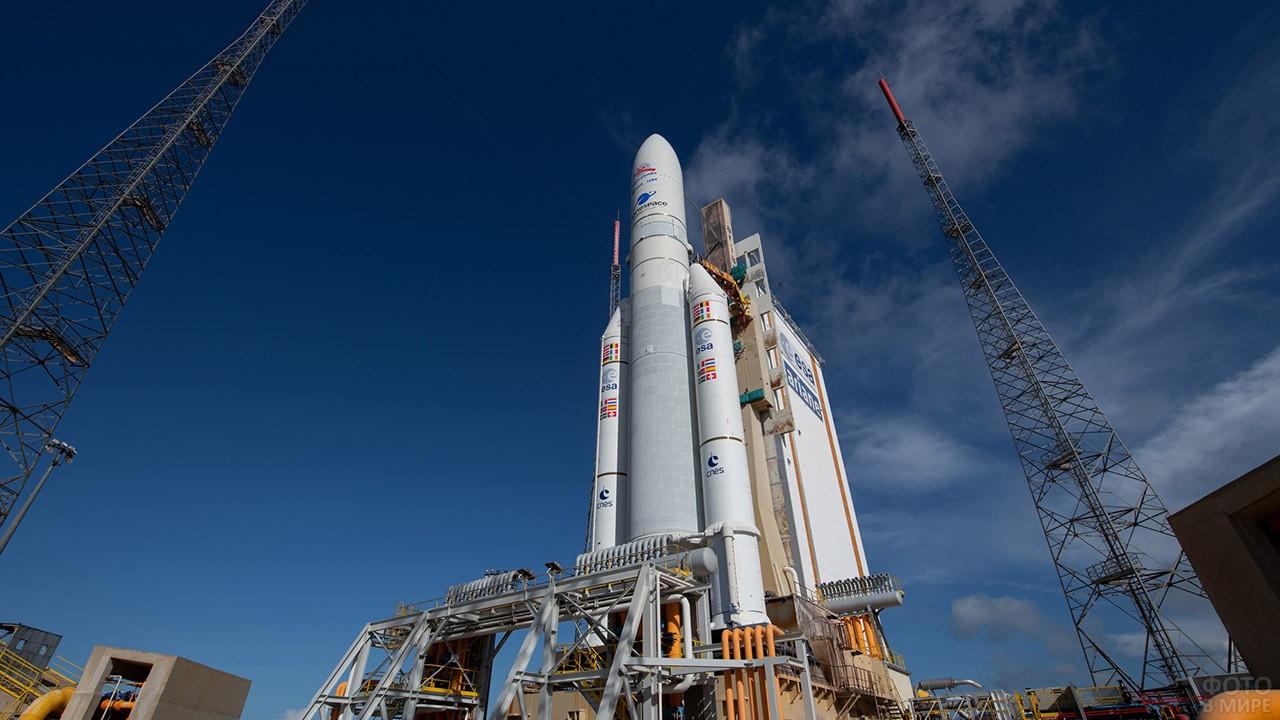 Французский Куру перед запуском Ariane-5