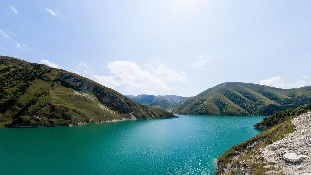 Чеченское озеро на Кавказе