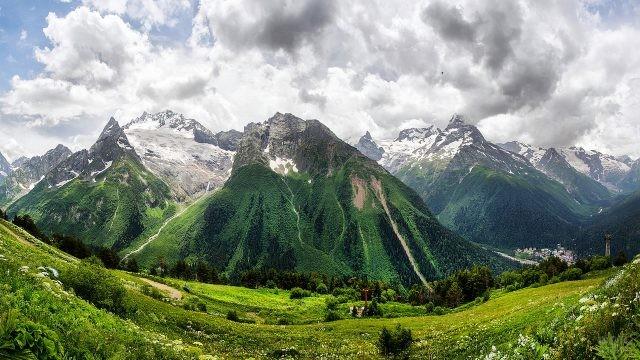 Горы в Карачаево-Черкесии