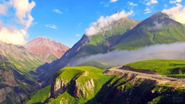 Грузинская природа на Кавказе