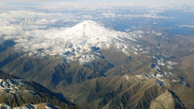 Эльбрус с высоты птичьего полёта