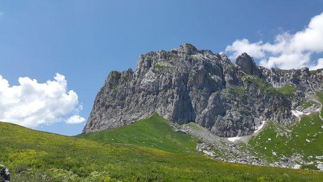 Вершина Фишт на Кавказе